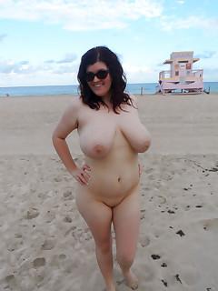 Big tits inivercity girl