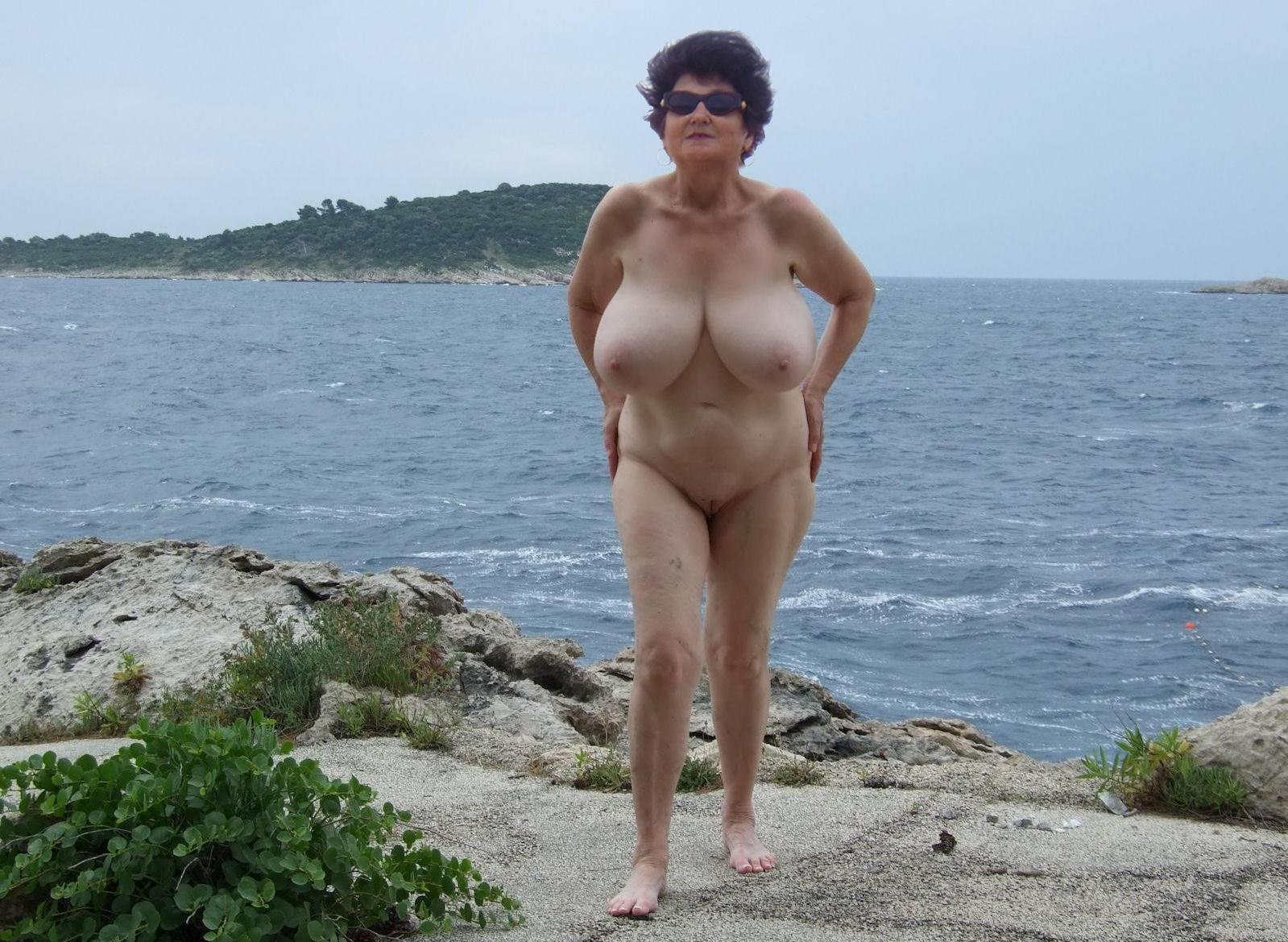 Augusta ga nude amateurs
