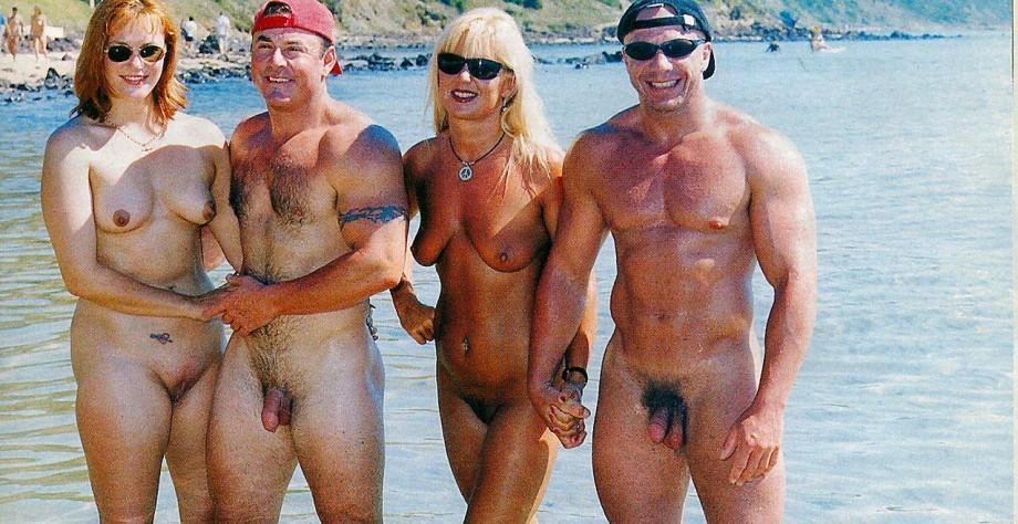 Spanner nackt am strand Erst Am