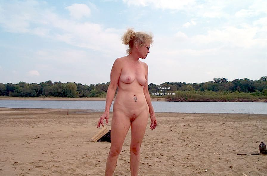 Naked mature women at beach