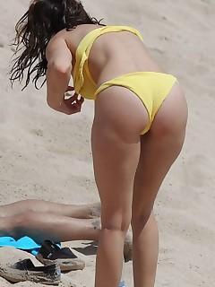 Brazilian beach babes nude