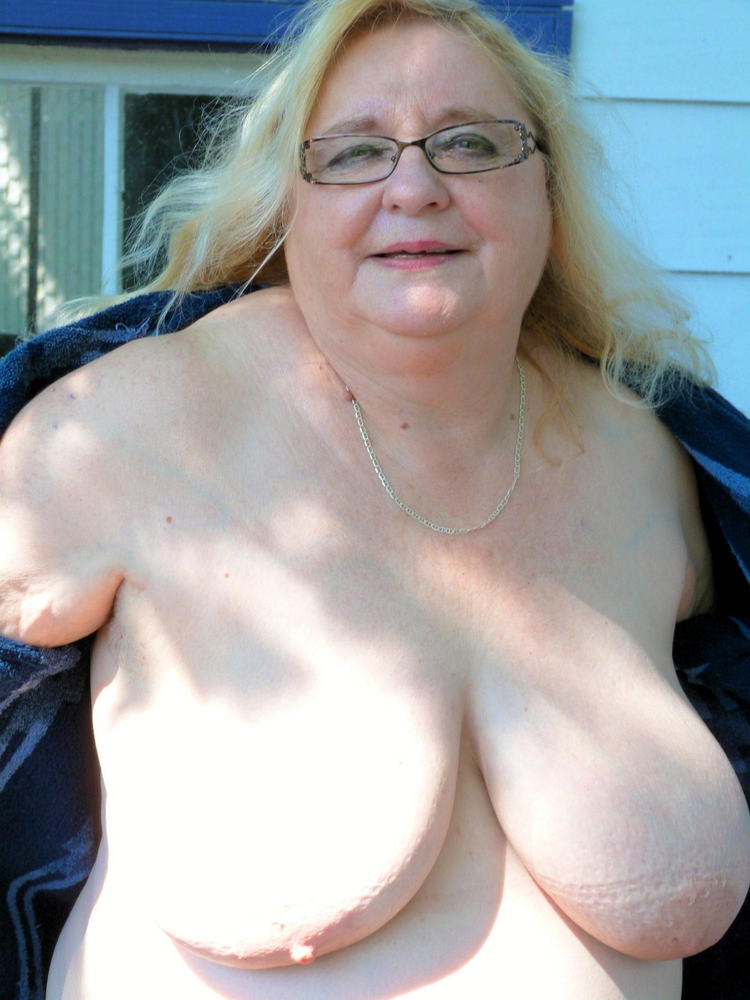 Selina gomez look alike porn