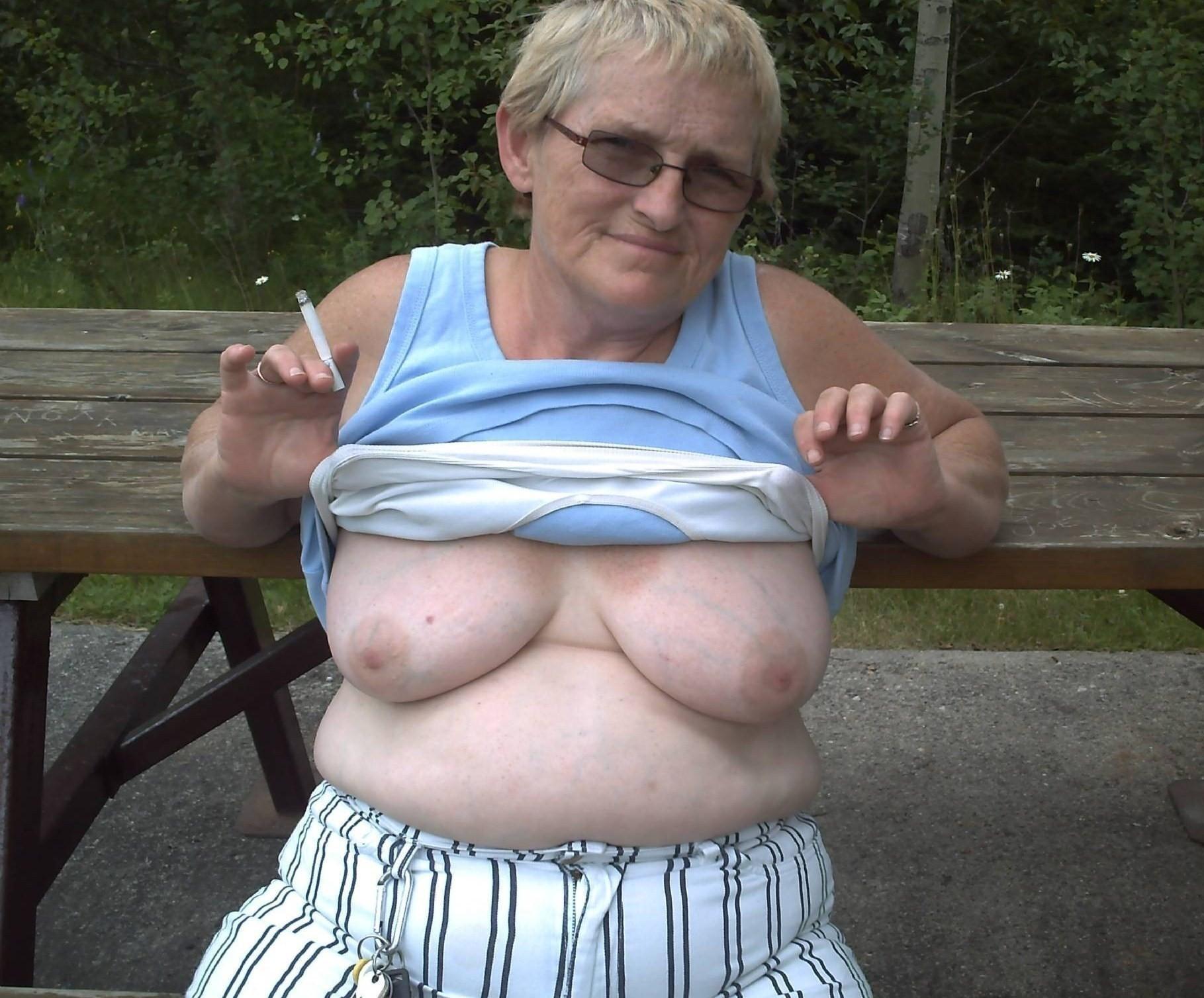 Толстые зрелые фото 18, Голые толстушки и красивые пышки в чулках 19 фотография